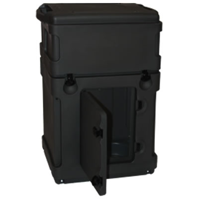 MCWCN Wheeled Shipping Case - Door Detail