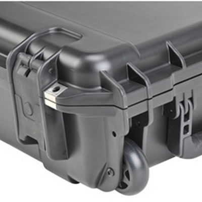 XHD Extreme Heavy Duty Wheeled Shipping Case - Wheel Detail