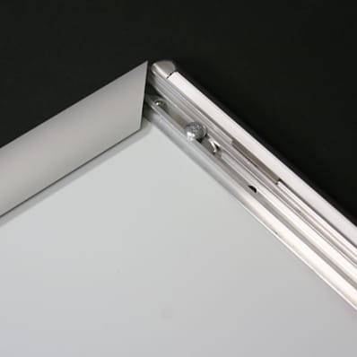 Flip-Edge Frame Detail