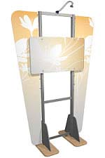 Linear™ 04 Aluminum Extrusion Kiosk Display